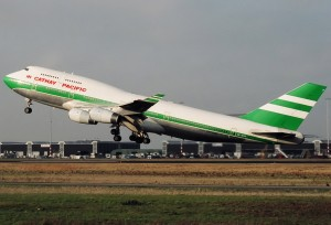 Cathay_Pacific_Boeing_747-400_Spijkers